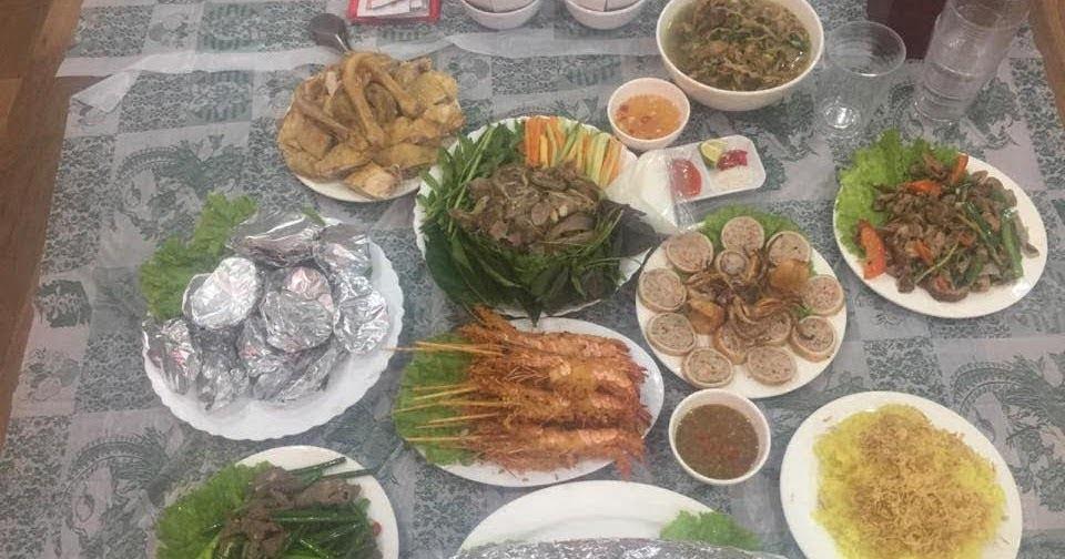 Đặt cỗ ở goldmark city nấu cỗ tại nhà chị Hương hồ tùng mậu