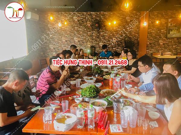 Dịch vụ nấu cỗ ở Lĩnh Nam Hoàng Mai 5 mâm liên hoan công ty