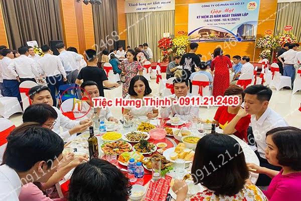 Đặt 10 mâm cỗ tiệc liên hoan công ty Hà Đô