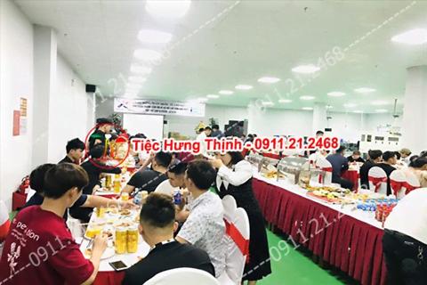 Đặt cỗ tại nhà ở Giang Biên 0911212468